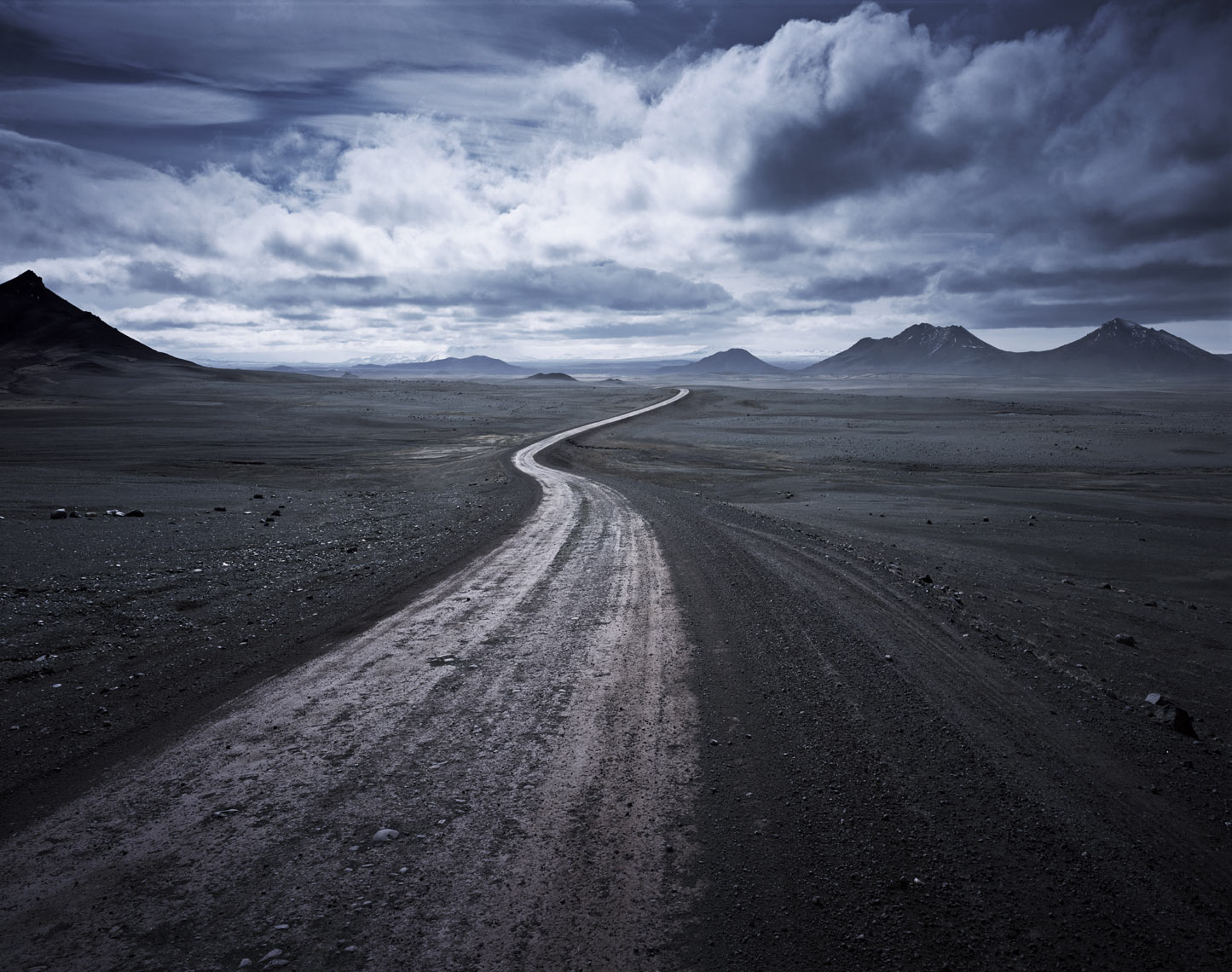 032 JA Snaking road through barren landscape