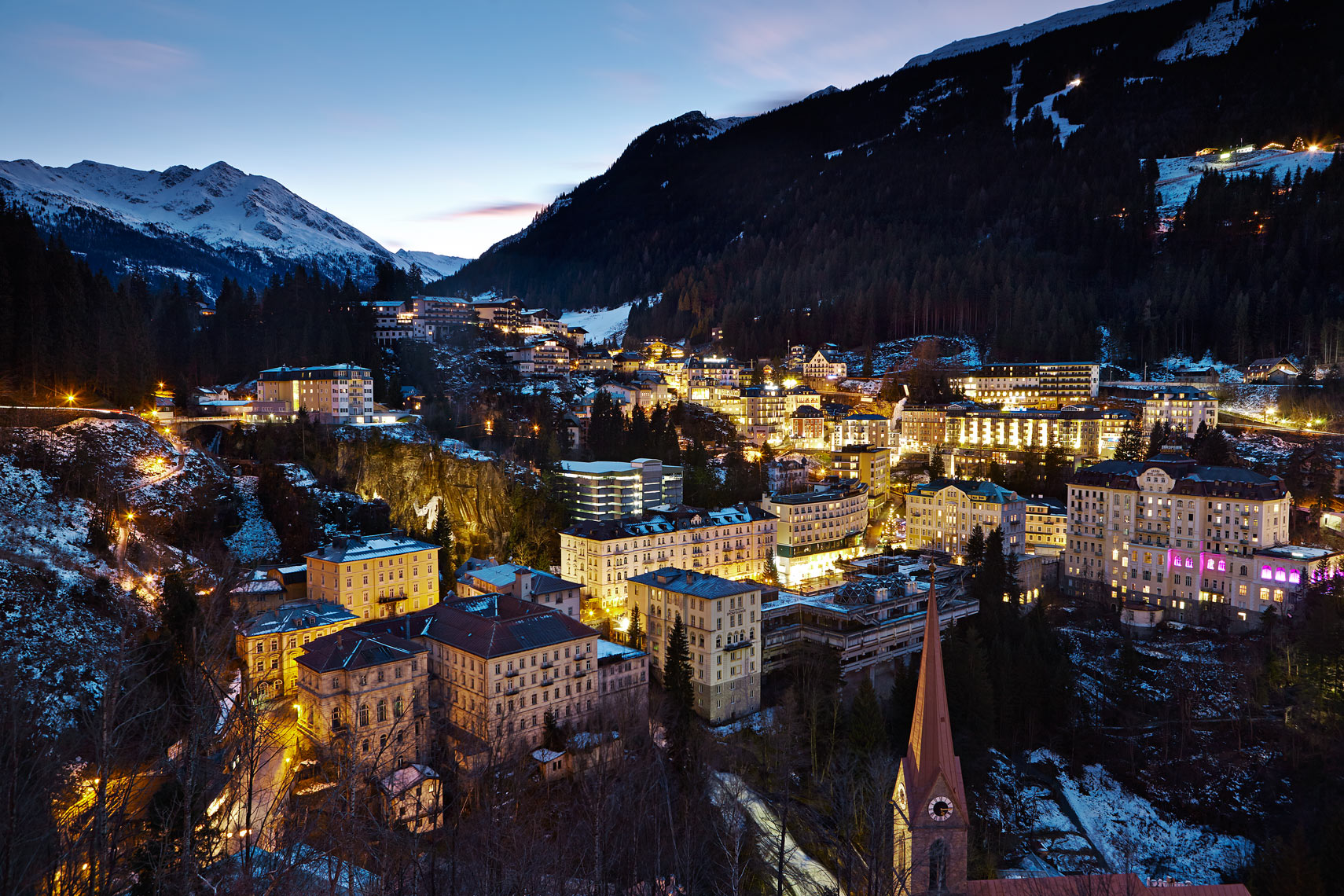 Bad Gastein at night