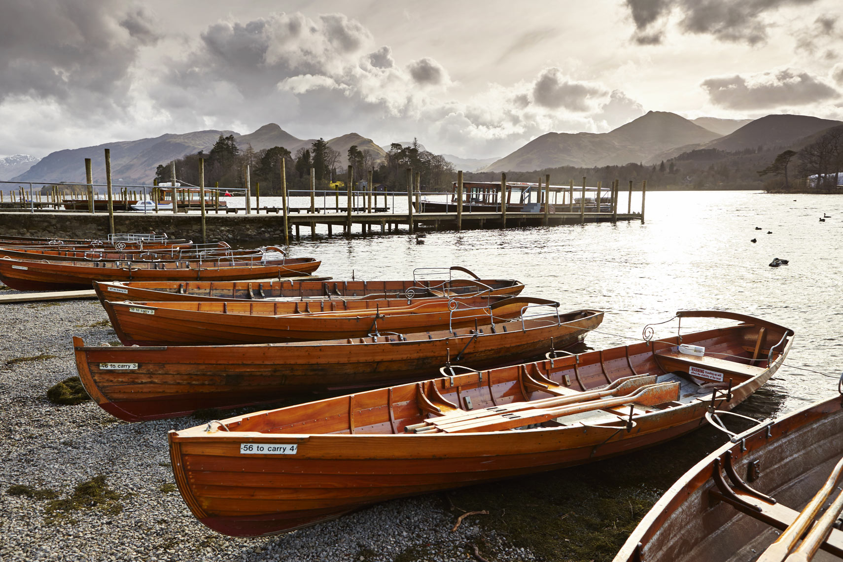 Boats on shore of Derwent Water, Keswick_4